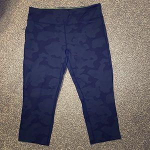 Women's Calvin Klein Workout Crop Pants- Size XL